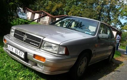 1992 Chrysler Saratoga